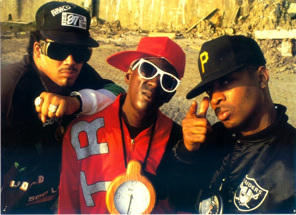 a look at the hip hop group